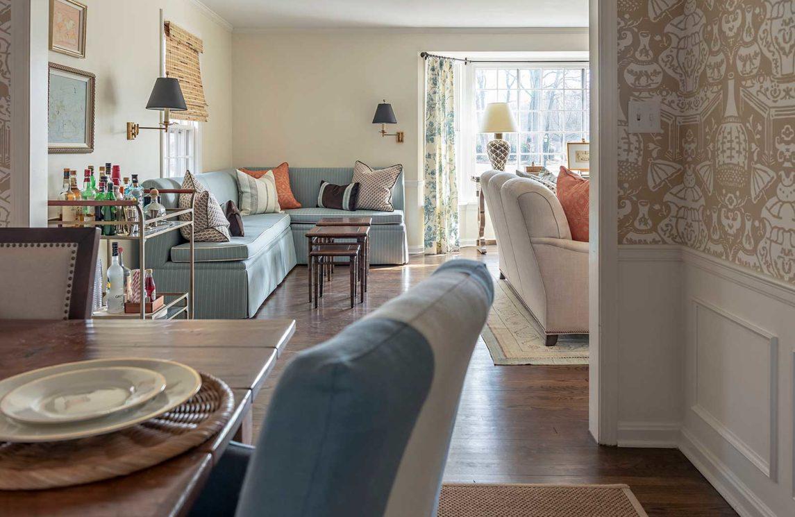 KIPLING-HOUSE-INTERIORS-NANTUCKET-LIVING-ROOM.-DINING-ROOM